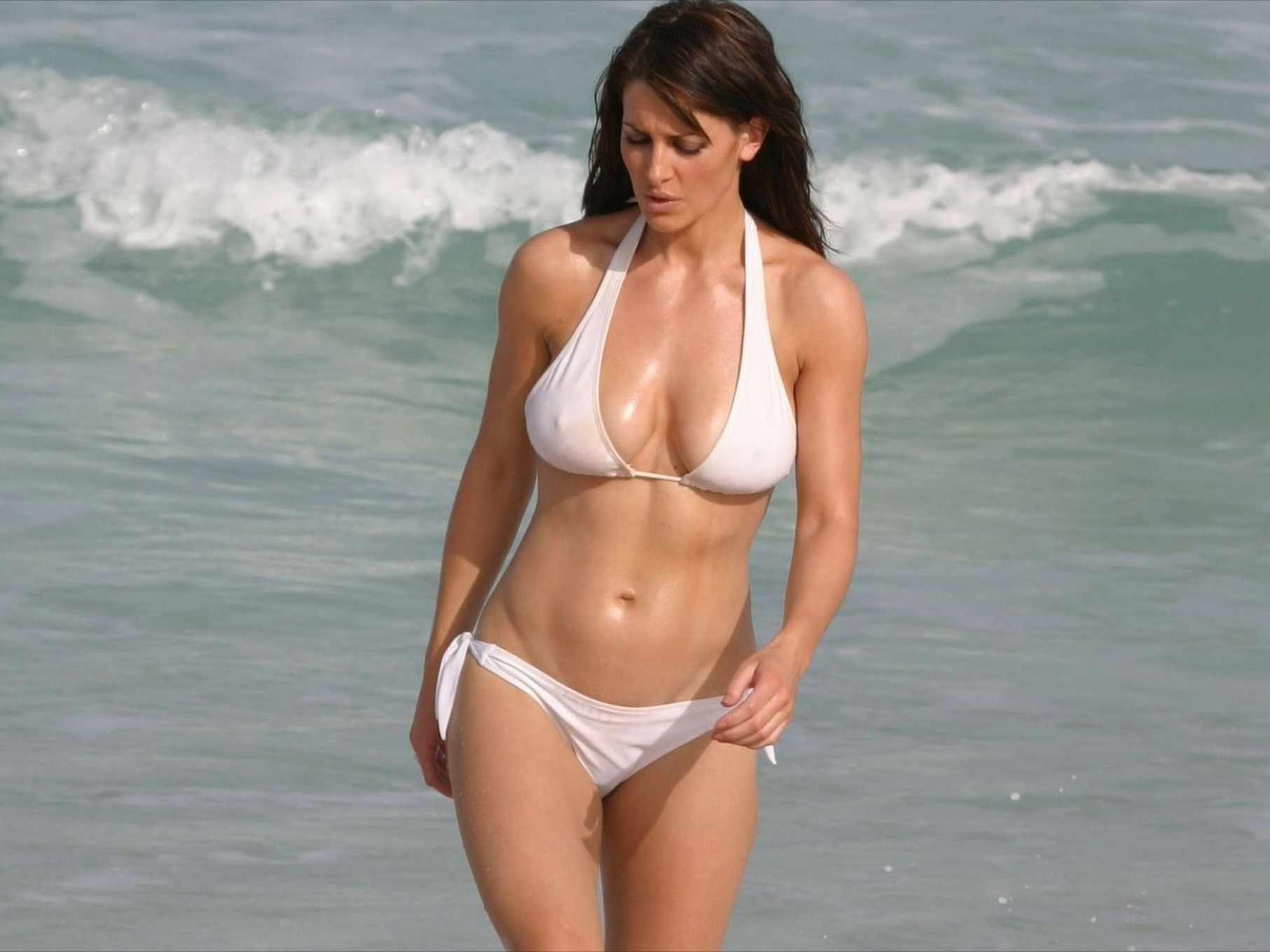 Kirsty Gallacher shows off her hot body wearing black and white ...: www.celeb6free.com/pics/celeb0679/kirsty_gallacher_pussies...