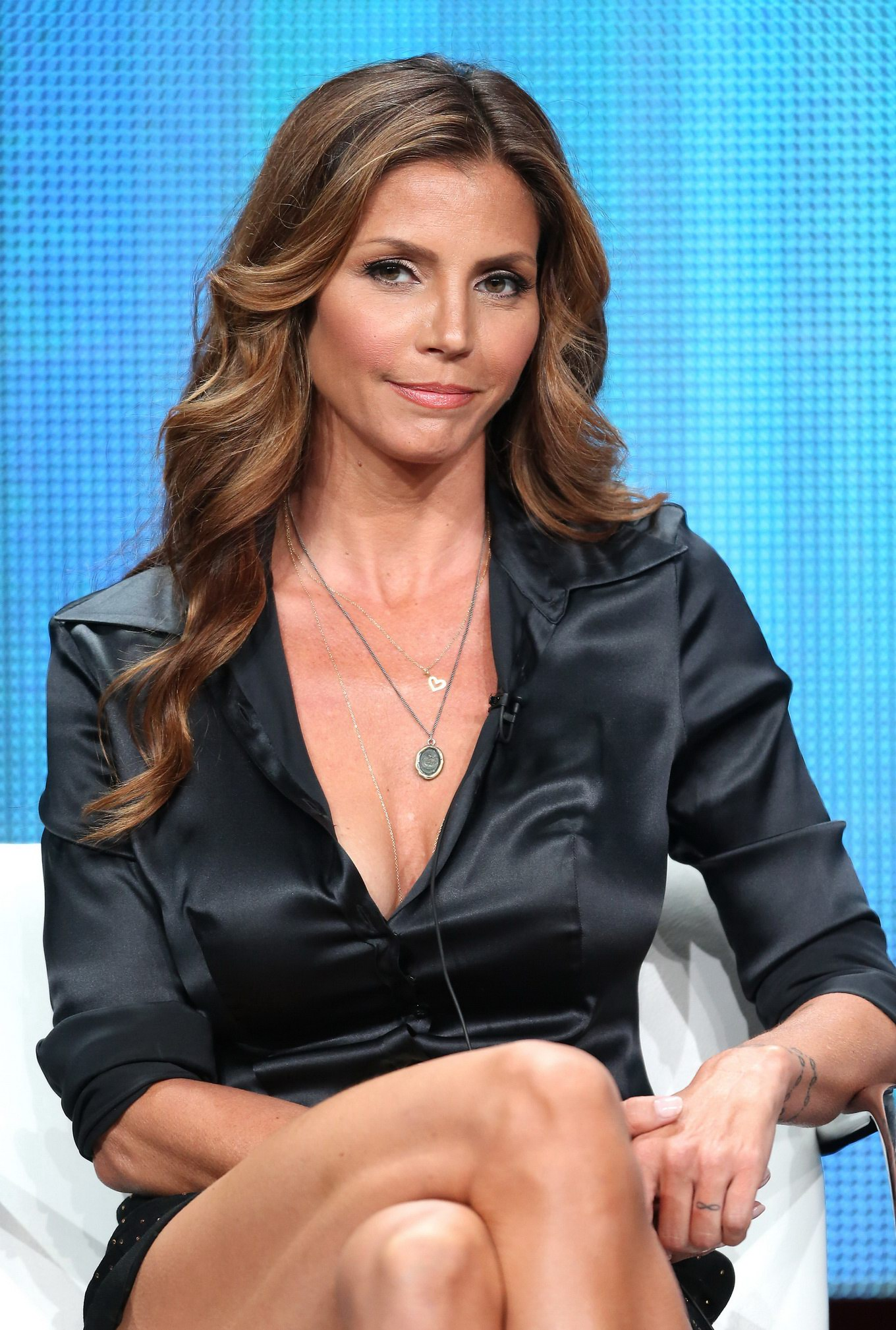All became Charisma carpenter cleavage cannot be!