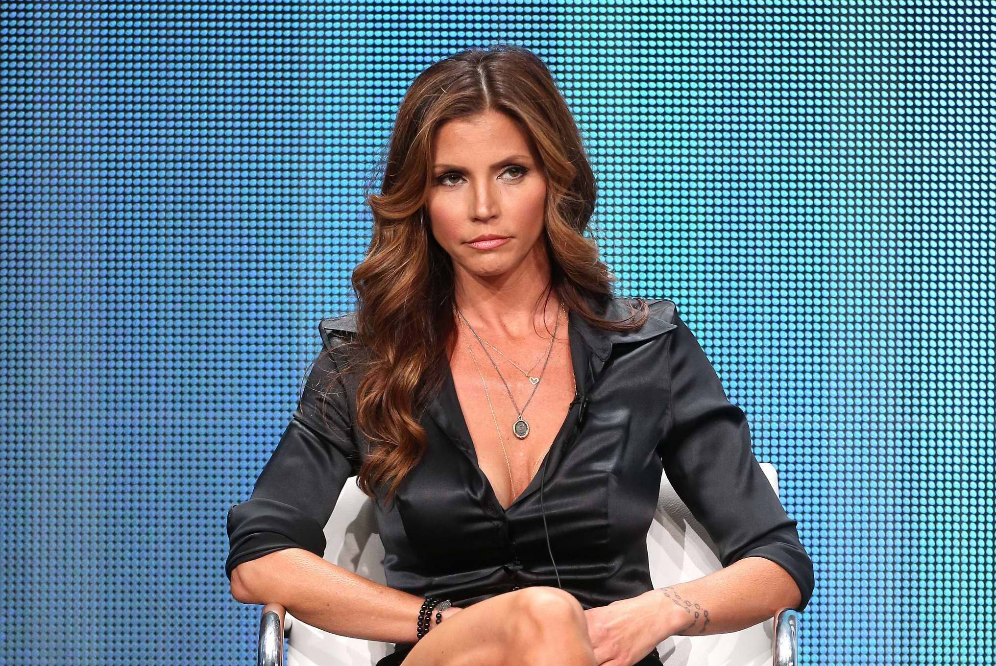 Regret, Charisma carpenter cleavage pity