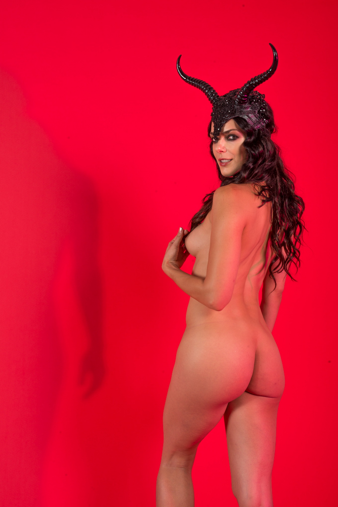 photoshoot Adrianne curry nude